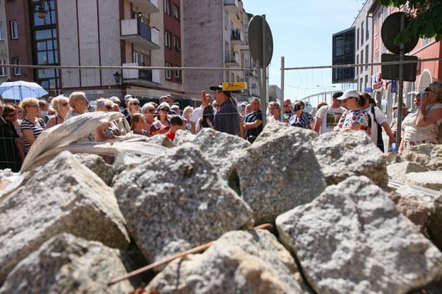 Piloci wycieczek, przewodnicy turystyczni mogą składać wnioski o pomoc do ZUS