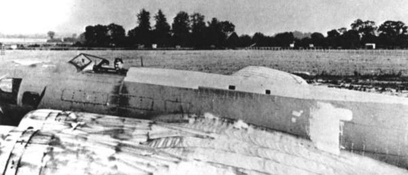 Pilot w kokpicie QB-7, przebudowanego z B-17F /USAF /INTERIA.PL/materiały prasowe