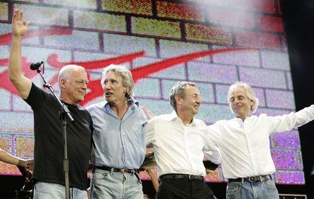 Pink Floyd w 2005 roku. Po raz ostatni w tym składzie. Rick Wright pierwszy z prawej (fot. MJ Kim) /Getty Images