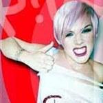 Pink inspiruje nastolatki