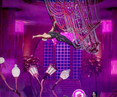 Pink na PGE Narodowym: Podniebne harce Pink [RELACJA Z KONCERTU, ZDJĘCIA]