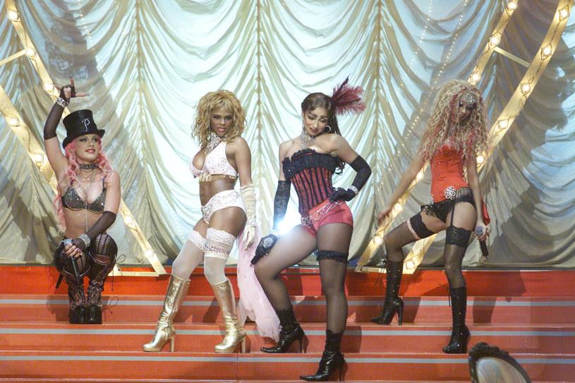 Pink (pierwsza z lewej) i Christina Aguilera (pierwsza z prawej) /Kevin Winter /Getty Images