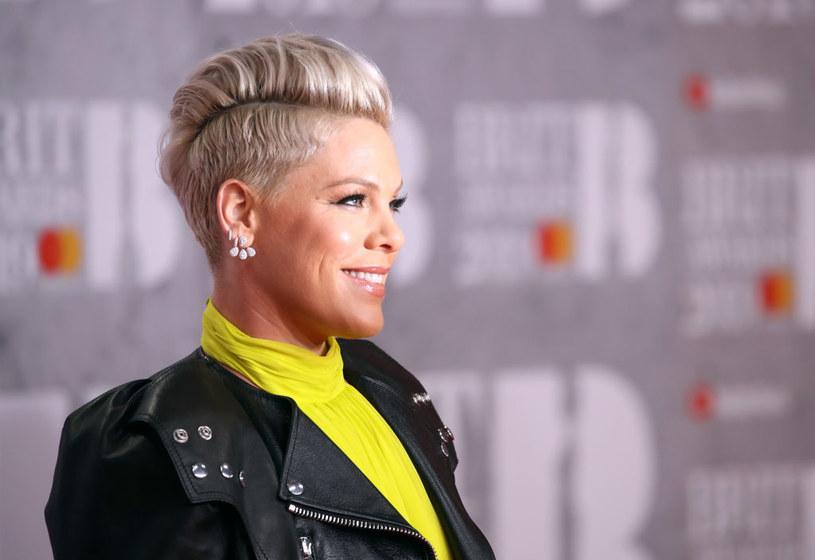 Pink zachęca do łaskawego traktowania swoich niedoskonałości... /Mike Marsland /Getty Images