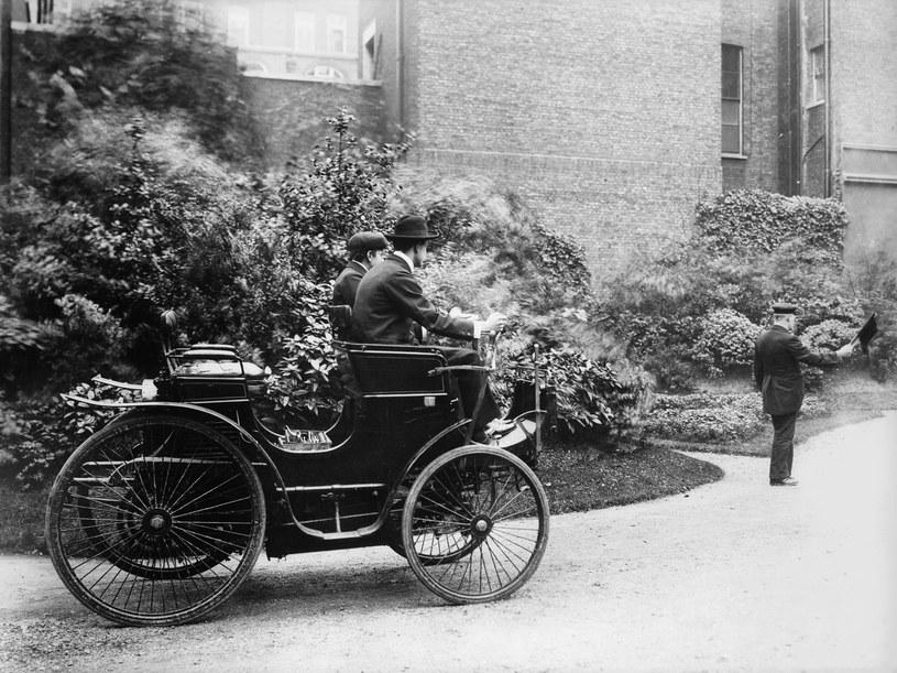Pionierom motoryzacji nie było łatwo... /