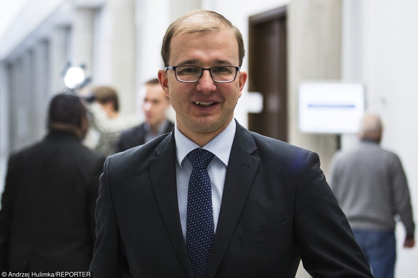 Piotr Dardziński / Andrzej HulimkaREPORTER /East News