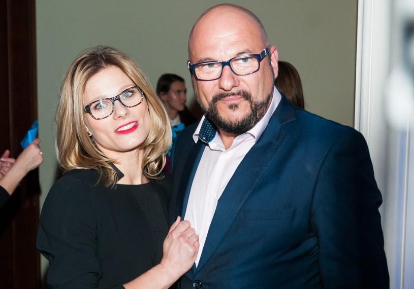 Piotr Gąsowski i Anna Głogowska są dumni z córki /Artur Zawadzki /Reporter