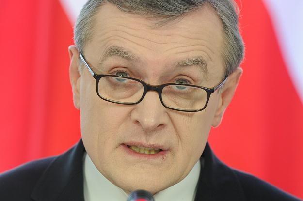 Piotr Gliński na dzisiejszej konferencji prasowej /PAP