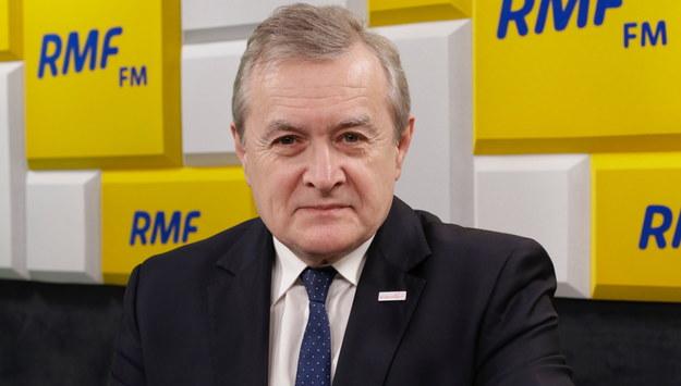 Piotr Gliński: W czwartek ogłosimy nowe restrykcje. Lockdownu byśmy nie chcieli