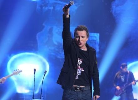 Piotr Kupicha, wokalista Feel - fot. Andrzej Szilagyi /MWMedia