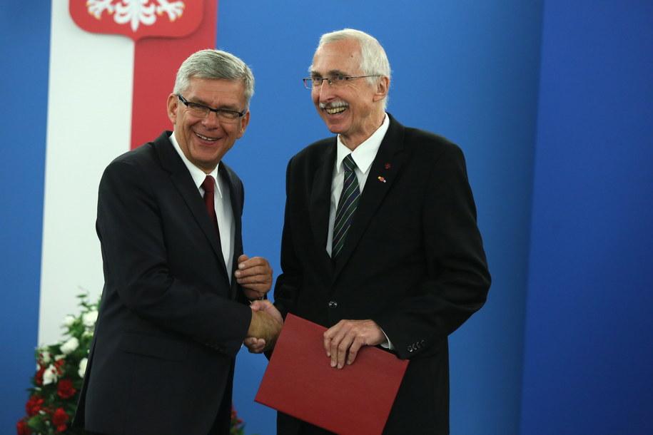 Piotr Małoszewski (P) i Marszałek Senatu Stanisław Karczewski (L) /Tomasz Gzell /PAP