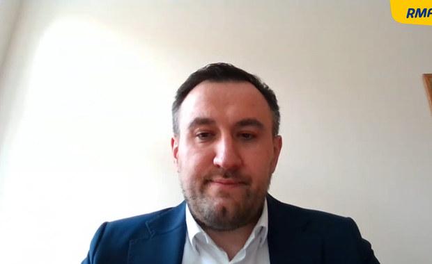 Piotr Müller stał za odwołaniem szefa pomorskiego sanepidu. Tomasz Augustyniak przerywa milczenie