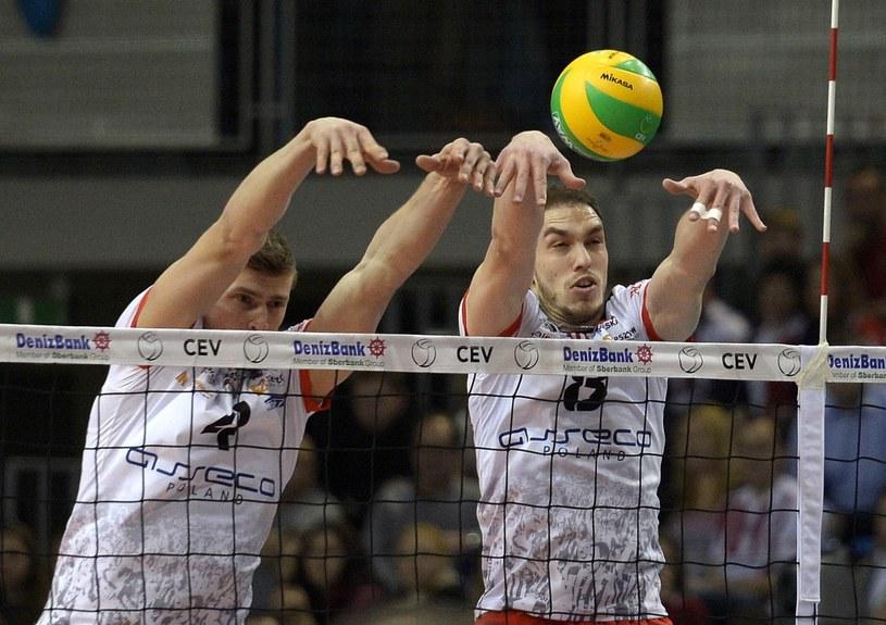 Piotr Nowakowski i Marko Ivović w bloku Resovii. /Darek Delmanowicz /PAP