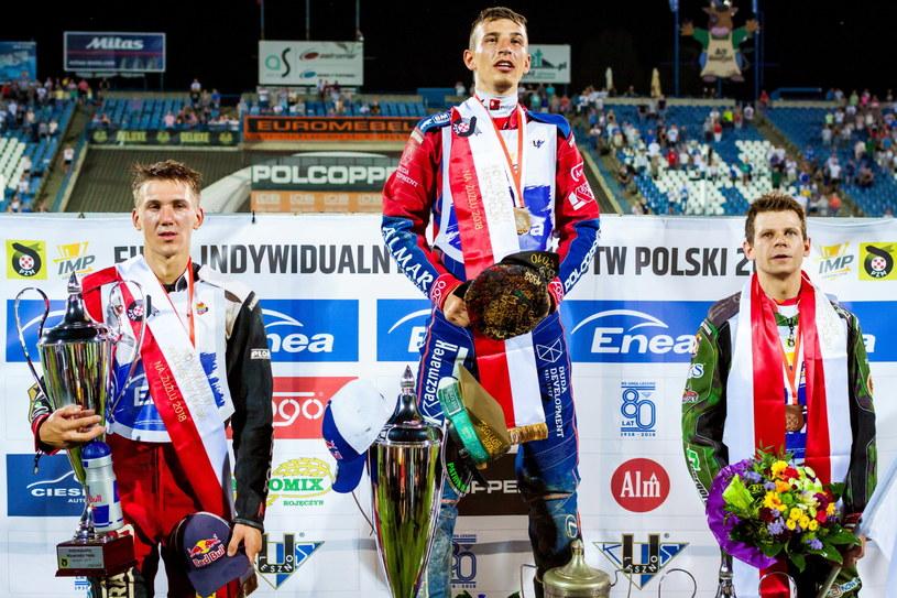 Piotr Pawlicki na najwyższym stopniu podium /Marek Zakrzewski /PAP