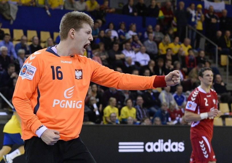 Piotr Wyszomirski był wulkanem energii w meczu ze Szwedami. /AFP