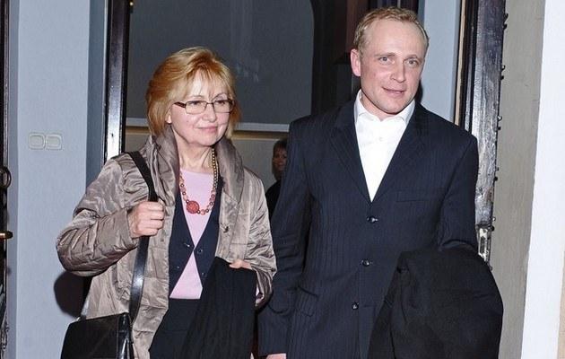 Piotr z mamą /- /East News