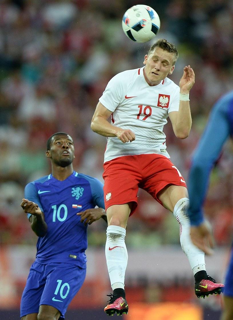 Piotr Zieliński w meczu towarzyskim z Holandią /AFP