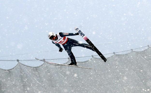 Piotr Żyła podczas konkursu na dużej skoczni /Grzegorz Momot /PAP
