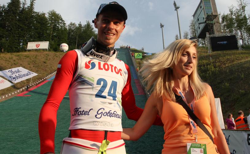 Piotr Żyła z żoną Justyną / Jakub Porzycki /Agencja FORUM
