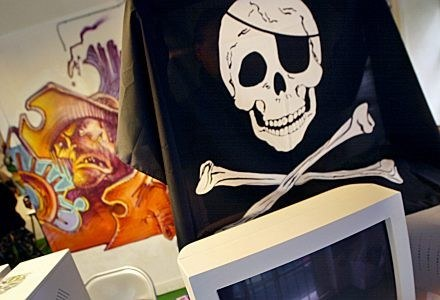 Piraci kontra policja /AFP