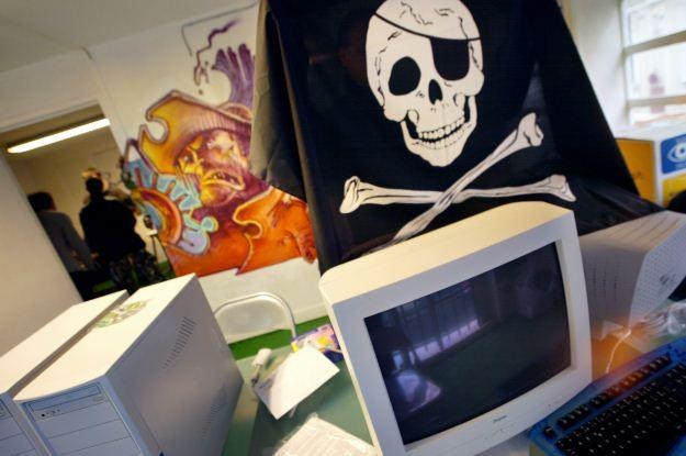 Piractwo internetowe. Czy ma jakieś dobre strony? Niektórzy twierdzą, że tak /AFP