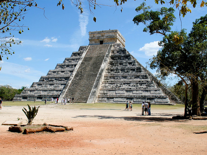 Piramida Kukulkana - monumentalna budowla o dziewięciu tarasach /© Panthermedia