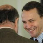 PiS i SP: Sikorski pisząc na Twitterze nt. cen gazu, mógł złamać prawo