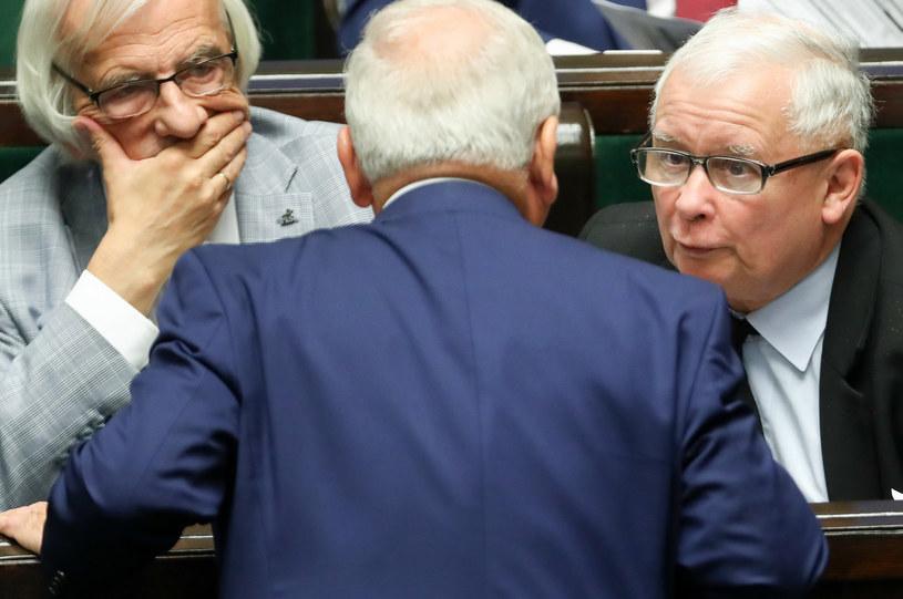 PiS pomniejszyło się o jednego działacza, zdj. ilustracyjne /fot. Andrzej Iwanczuk /Reporter