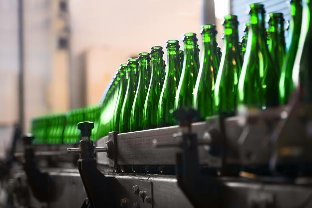 PiS przeforsował swoją podwyżkę cen alkoholu i tytoniu /©123RF/PICSEL