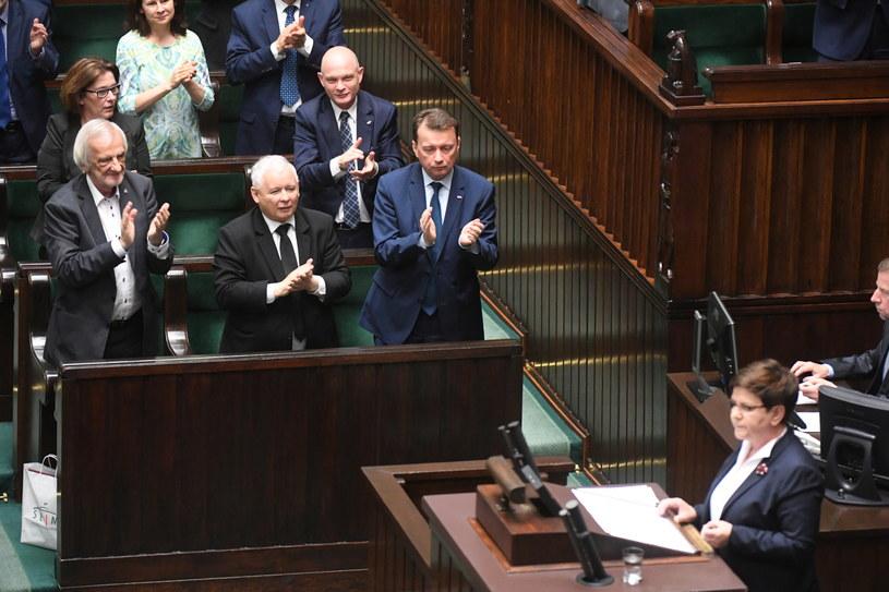 PiS wycofuje się z pomysłu zmiany ordynacji wyborczej w wyborach samorządowych /Bartłomiej Zborowski /PAP