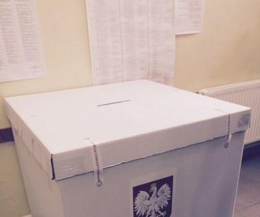 PiS zapomniał o unijnym prawie? Transmisji z wyborów nie będzie