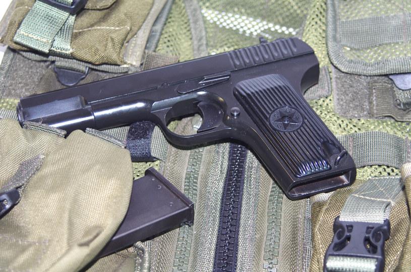 Pistolet TT (zdj. ilustracyjne) /123RF/PICSEL