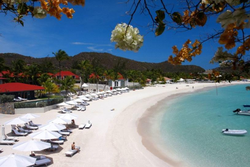 Piszczyste plaże wyspy św. Bartłomieja /East News