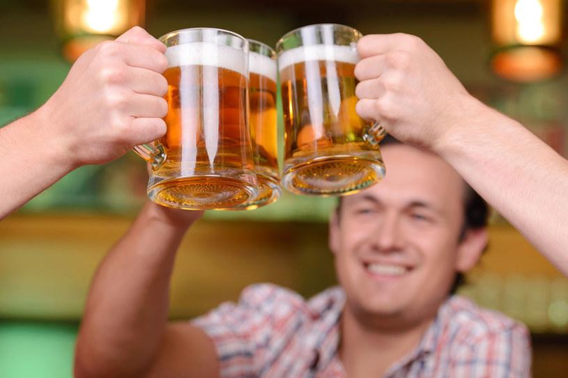 Piwo ma pozytywny wpływ na organizm na wielu różnych płaszczyznach /123RF/PICSEL