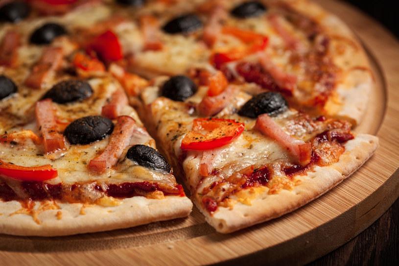 Pizza nie zaszkodzi twojej diecie. Wręcz przeciwnie, pomoże ci ją przeżyć! /123RF/PICSEL