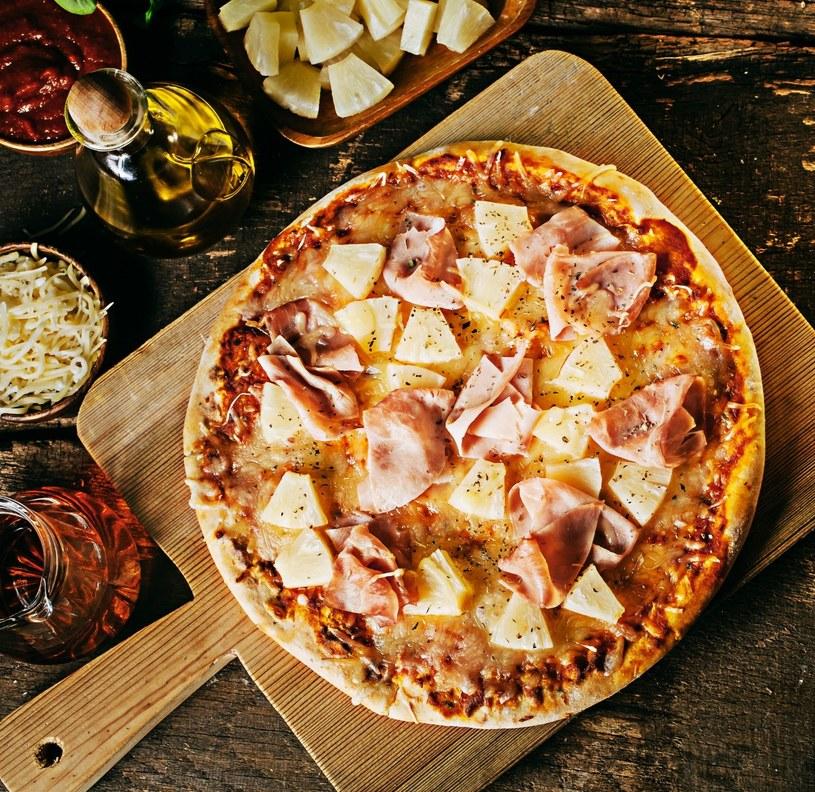Pizza z dodatkiem owoców jest znana od dawna, a co powiecie na pizzę na słodko? /123RF/PICSEL