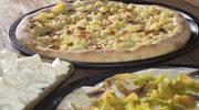 Pizza z kwiatami cukinii