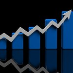 PKO BP: W połowie roku możliwe znaczne odbicie cen