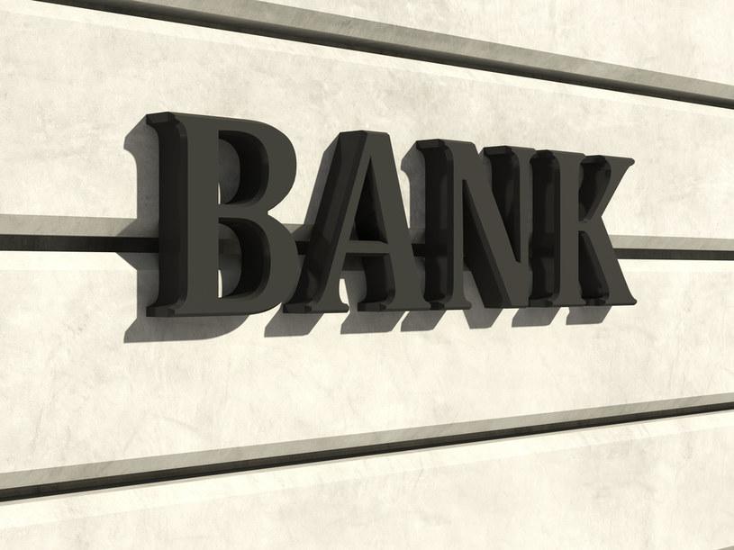 PKO BP wezwał Vistal Gdynię do wykupu dwóch weksli w związku z nieuregulowaniem wierzytelności banku wobec spółki zależnej Vistal Offshore /123RF/PICSEL