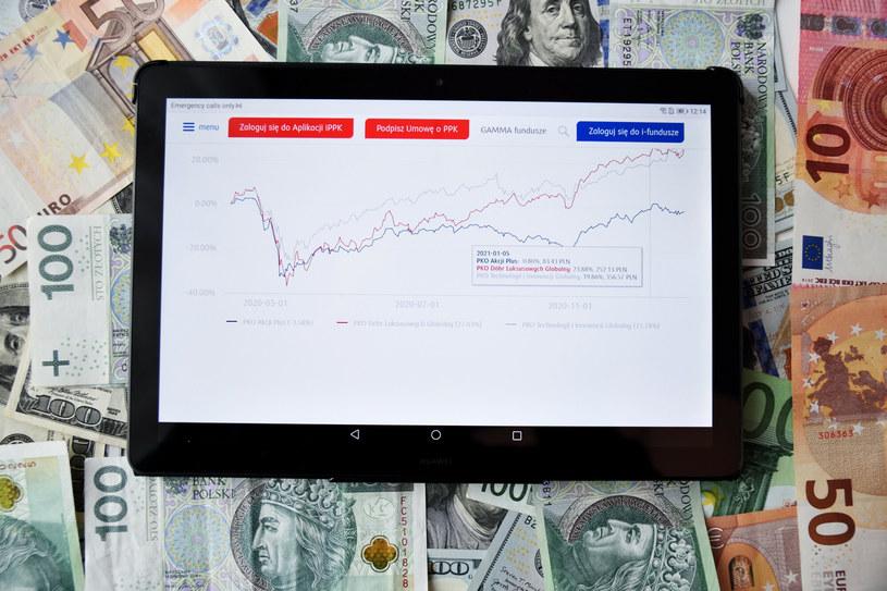 PKO TFI: 4 mld zł sprzedaży netto w cztery miesiące /Bartłomiej Magierowski /East News