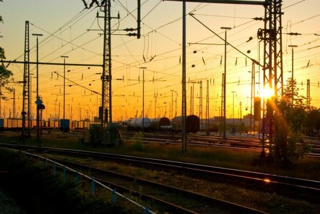PKP SA ma ok. 100 tys. hektarów gruntów, ale ponad 80 tys. ha leży pod liniami kolejowymi /© Panthermedia