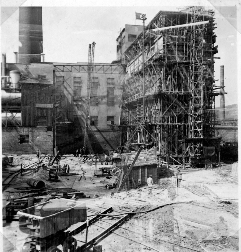 Plac budowy elektrowni, fot. Fundacja księżnej Daisy von Pless /Odkrywca