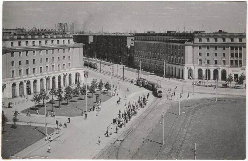 Plac Centralny w Nowej Hucie (około 1955 roku) fot. ze zbiorów Muzeum Historycznego Miasta Krakowa /Agencja FORUM