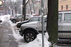 Płać i parkuj w śniegu