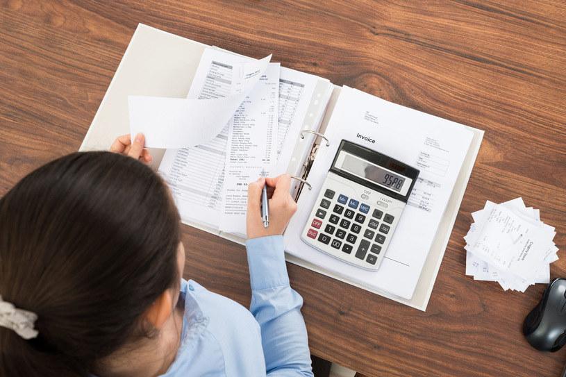 Płaca za czas przestoju - 50 proc. pensji /123RF/PICSEL