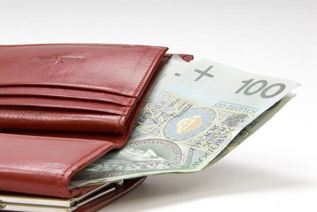 Płace Polaków kształtowały się w 2010 roku na poziomie 3500 zł brutto, fot. Marek Jaśkiewicz /Agencja SE/East News
