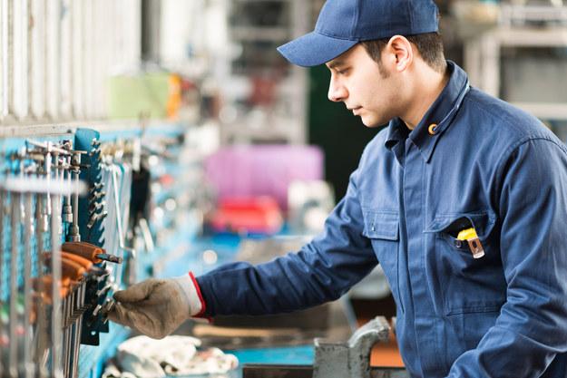 Płace są niskie, bo pracownicy mają w Polsce słabą pozycję... /123RF/PICSEL