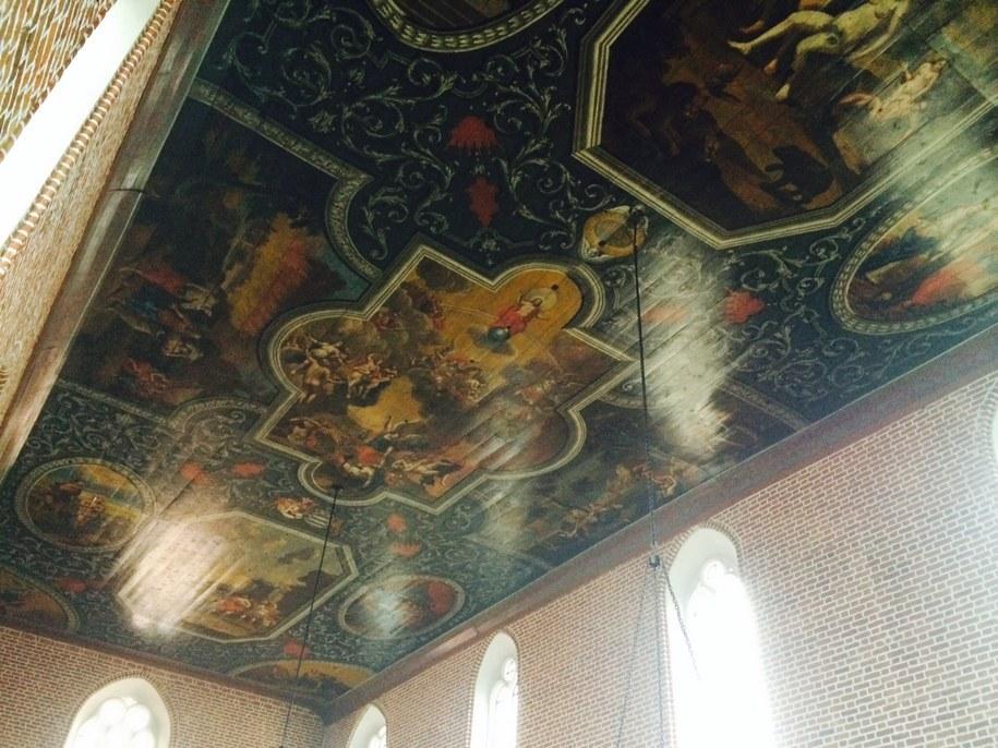 Plafon w kościele w Górowie Iławeckim /Piotr Bułakowski /RMF FM