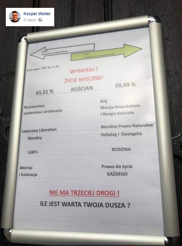Plakat, który pojawił się na drzwiach kościoła w Kościanie /facebook.com