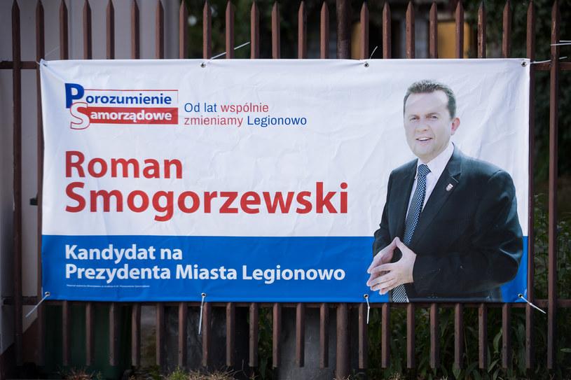 Plakat wyborczy Romana Smogorzewskiego /Mateusz Włodarczyk /Agencja FORUM