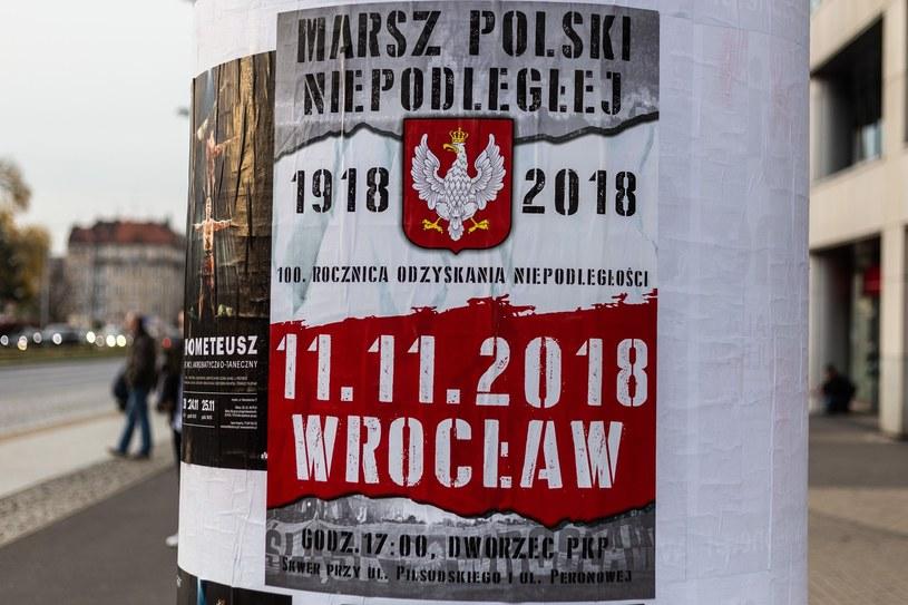 Plakat zapraszający na Marsz Niepodległej Polski we Wrocławiu /Krzysztof Kaniewski /Reporter